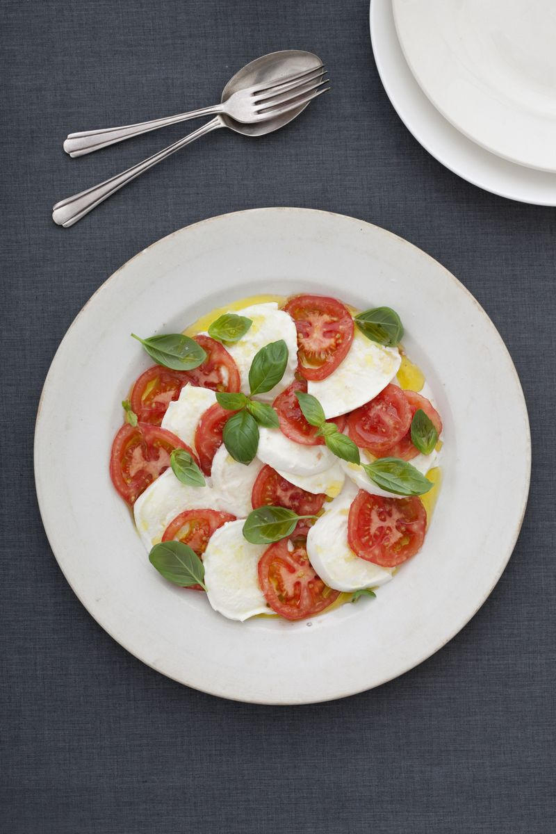 Buffalo_milk_mozzarella_Caprese