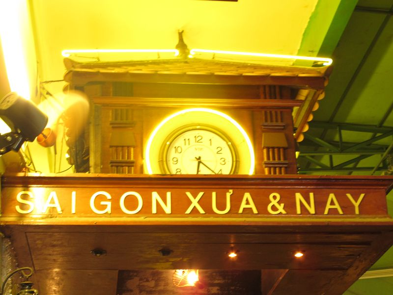 Saigon Xua & Nay (2)