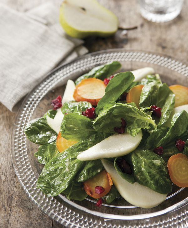 egg  soy  nut and sugar free  spinach  pear and beet salad