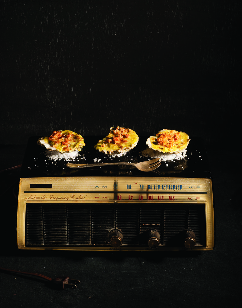 Hot_Oysters_on_the_Radio (2)