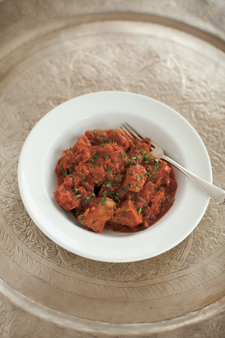 Lamb tongue and tomato stew