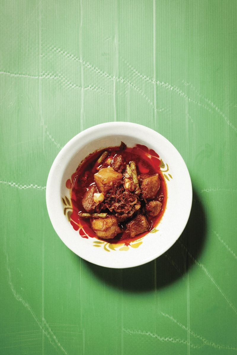 Kaeng Hung Leh (Burmese pork belly curry)
