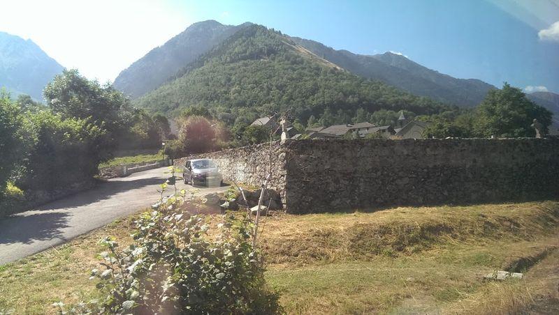 Pyrenees vues du Train