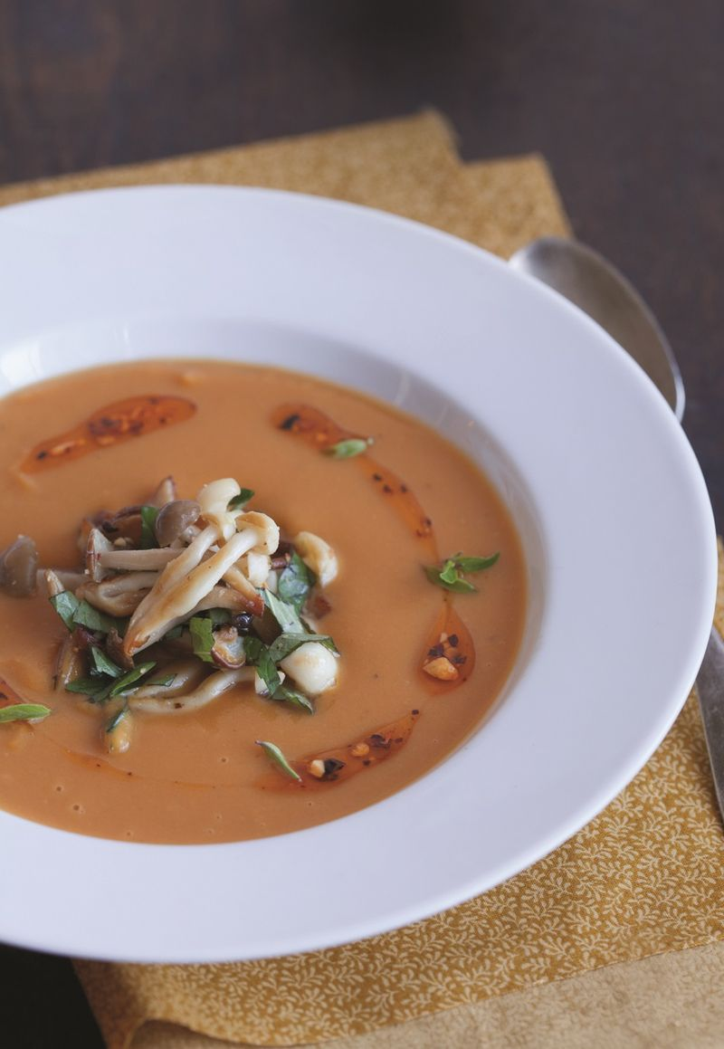 Sweetpotatosoupwithbeechmushrooms